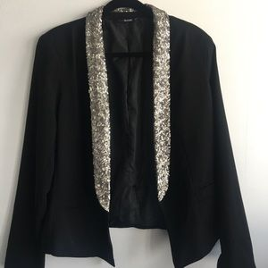 Ana • blazer with sequins lapel